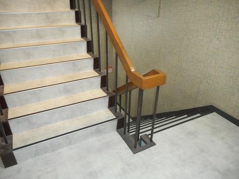 階段の施工後