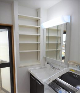 洗面所のニッチ造作を含む内装工事(大阪市住吉区/I様邸)のサムネイル