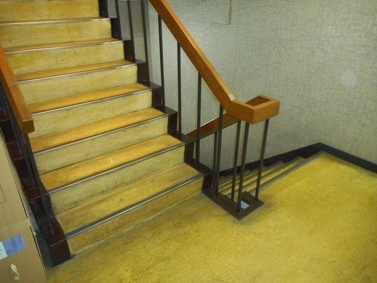 階段の施工前
