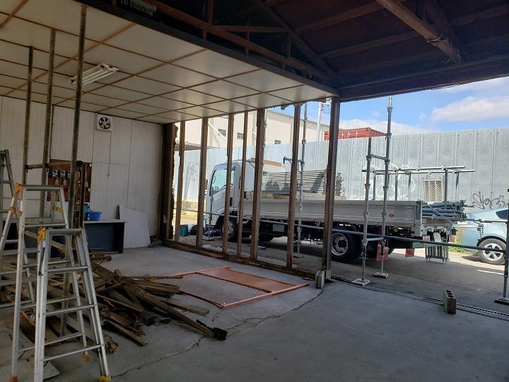 倉庫内の施工前