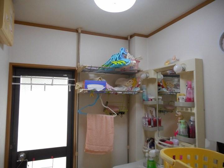 洗面化粧室の施工前