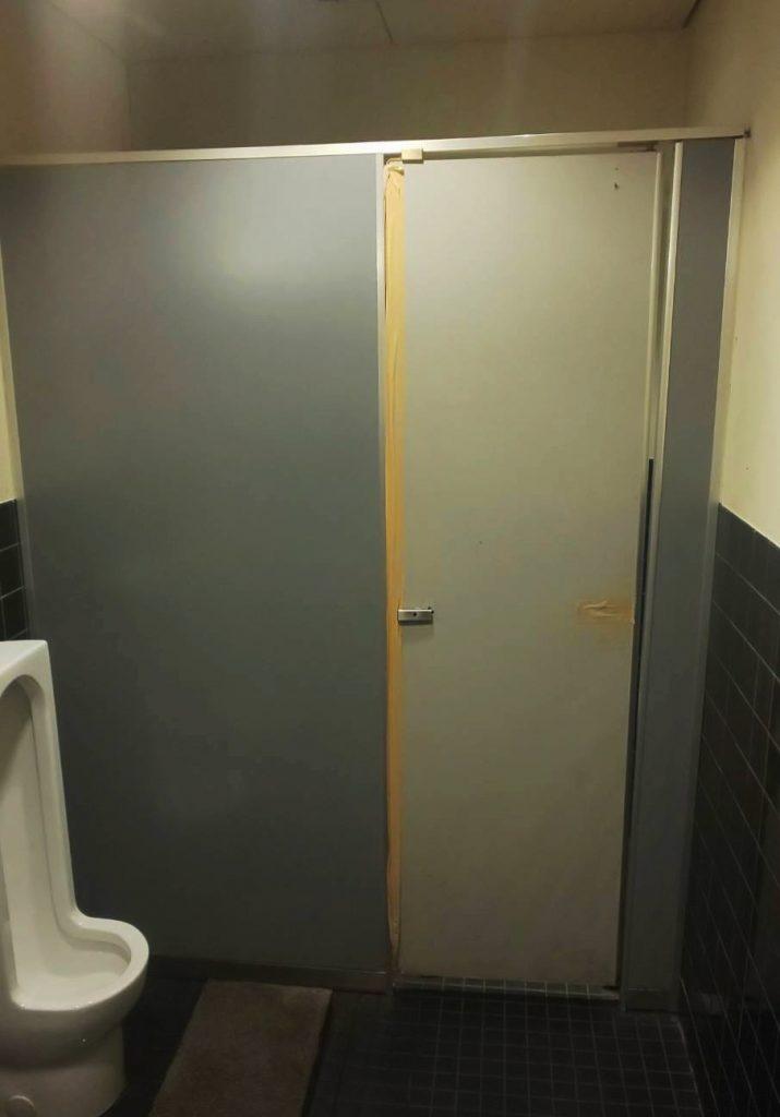 トイレブースの施工前