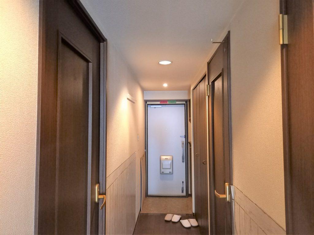 玄関・廊下の施工前